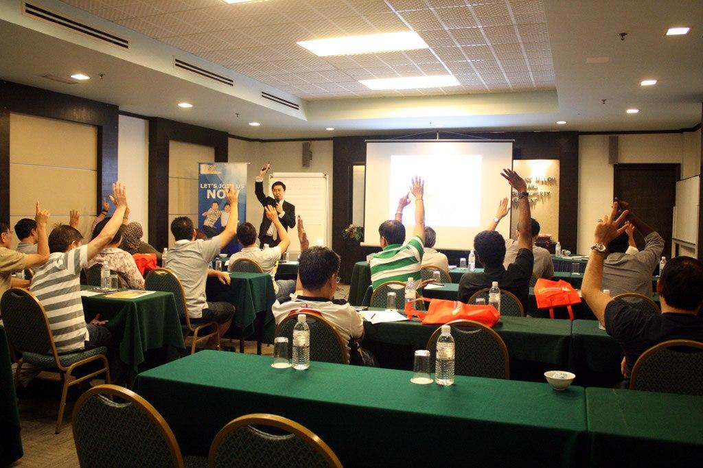 Jeffery Lam presenting seminar